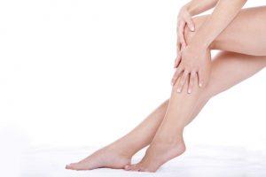 jambes lourdes femmes retention eau